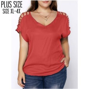Tops - Plus Size V-Neck Ladder Sleeve Tee